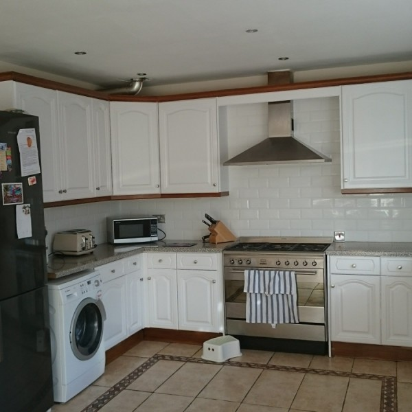 Kitchen units painting and tiling - Carshalton